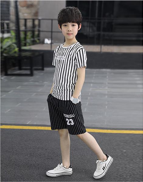 Bộ quần áo bé trai mùa hè