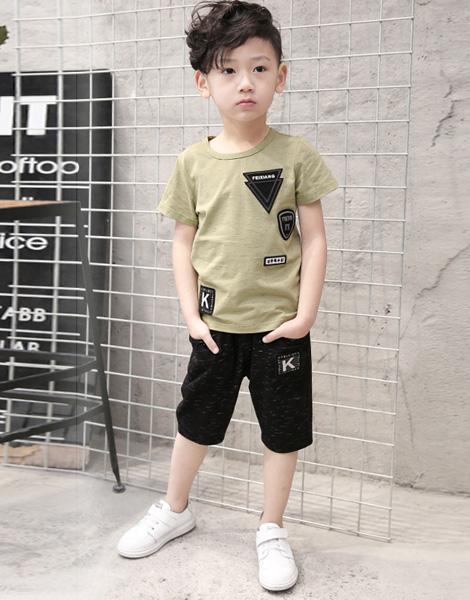 Quần áo bé trai mùa hè